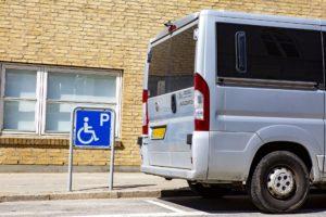 handicapbil parkering